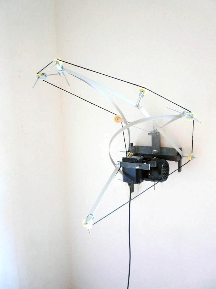 Alberto Tadiello, K, Metal brackets, aluminium bar, pulleys, nylon cord, nuts and bolts, electric motor, various dimensions, 2009