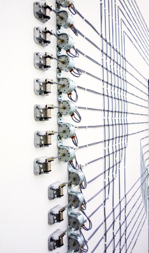 Alberto Tadiello, EPROM, carillon, motorini elettrici, trasformatori di voltaggio, cavi, dimensioni varie, 2008.